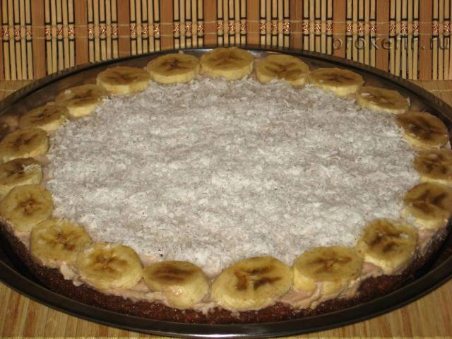 Творожно-банановый пирог на кефире