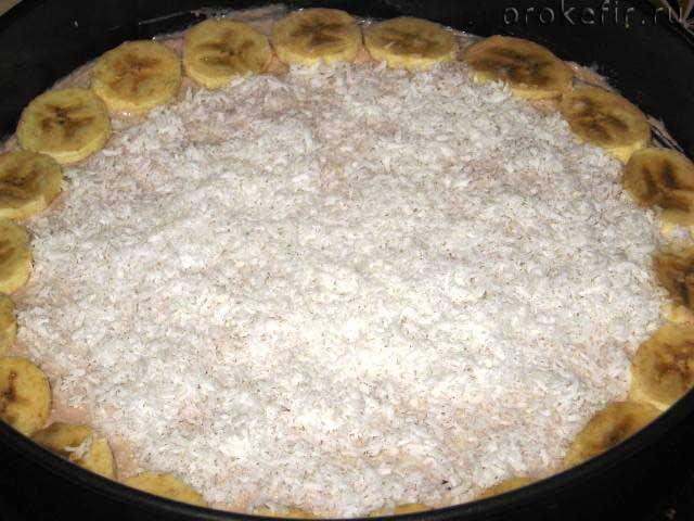 Готовый творожно-банановый пирог на кефире2
