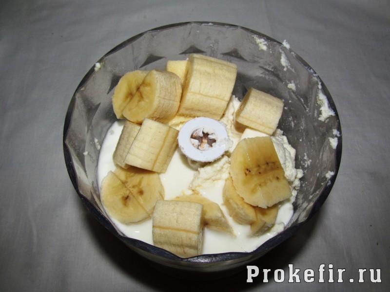 Банановый чизкейк с творогом в духовке на кефире: фото 5
