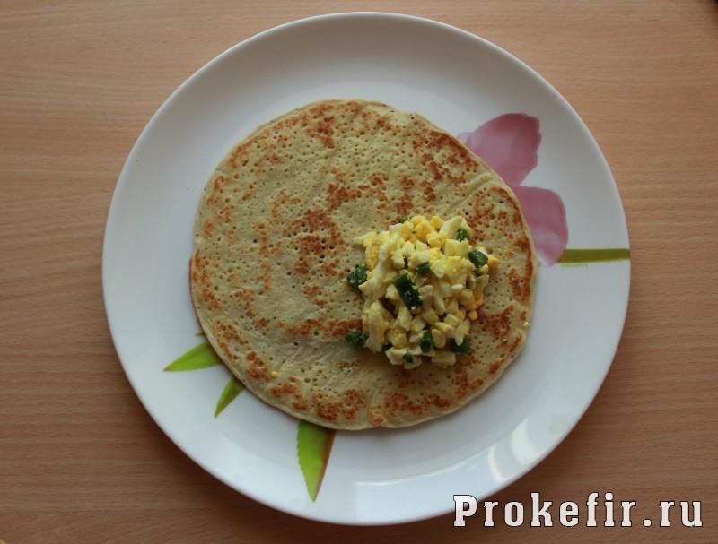 Блинчики с луком и яйцом на кефире: фото 9