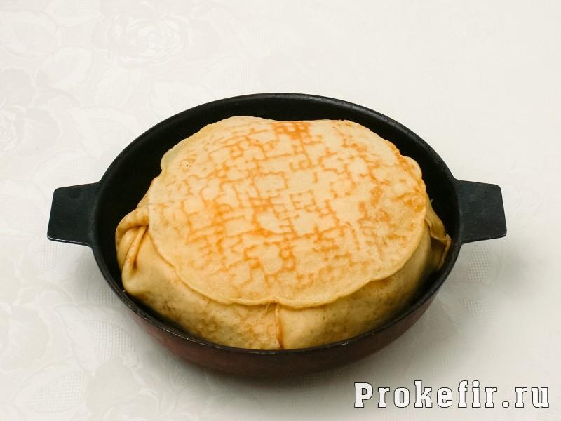 Блинный пирог с курицей и грибами и сыром в духовке: фото 7