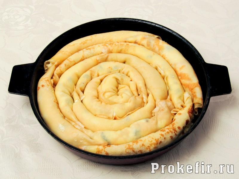 Блинный пирог с творогом улитка в духовке: фото 7