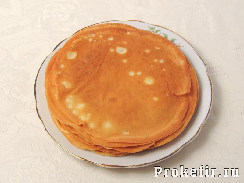 Блинный торт с курицей и грибами на кефире: фото 3