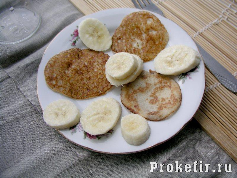 Блины из банана и яиц без муки на кефире: фото 12