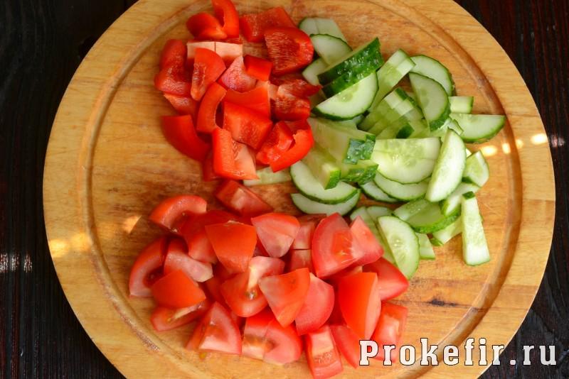 Греческий салат рецепт с фетаксой: фото 3