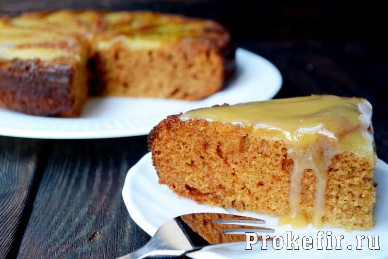 Грушевый пирог на кефире с медом и имбирем в духовке