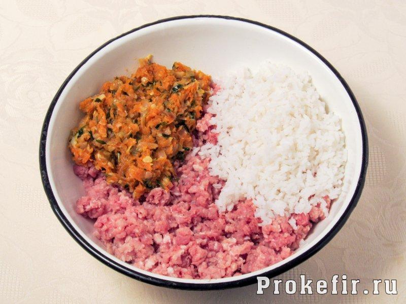 Кабачки тушеные с рисом и фаршем в томатно кефирной заливке: фото 4