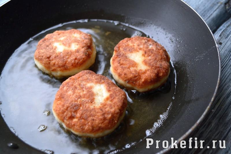Как приготовит котлеты из шчуки с салом и кефиром: фото 12