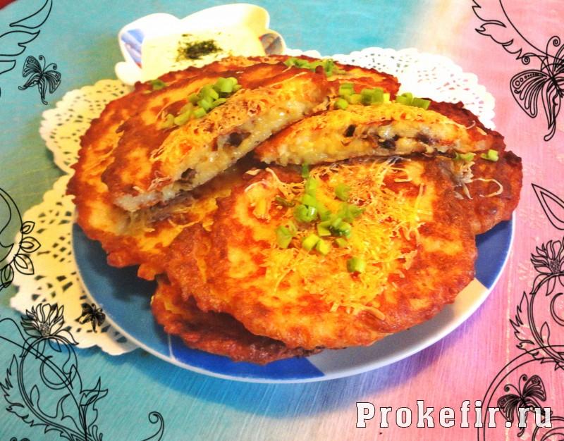Картофельные оладьи с грибами и сыром: фото 9