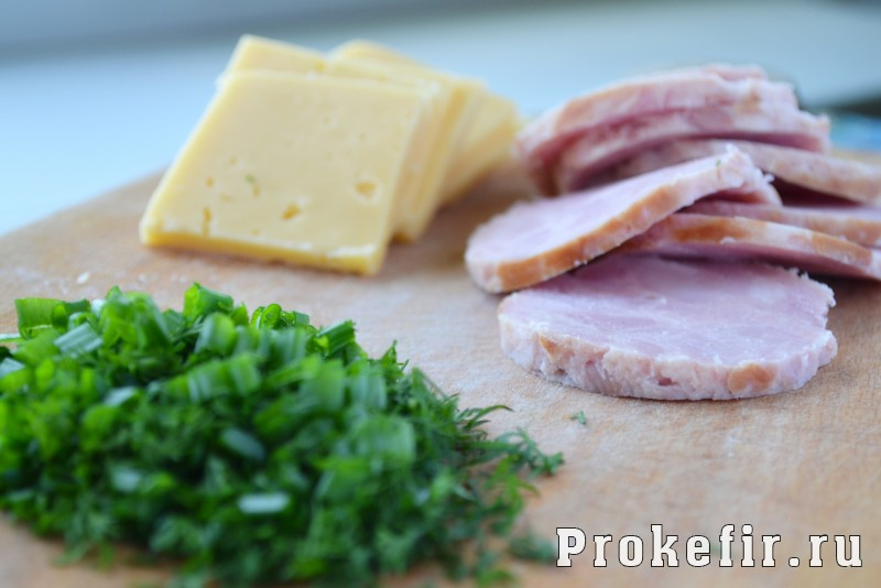 Конвертики из слоеного теста с сыром и ветчиной: фото 6