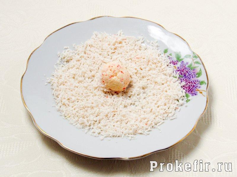 Крабовые шарики с сыром и чесноком с кефиром: фото 5