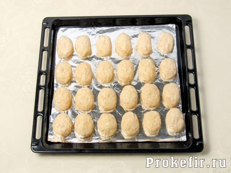 Куриные котлеты с творогом в духовке с кабачком и кефиром: фото 5