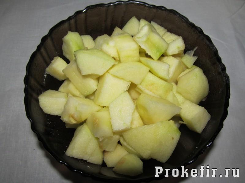 Манник с яблоком и маком на кефире: фото 3