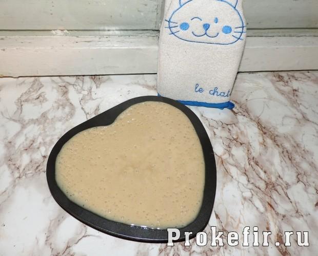 Медовый пирог на кефире с орехами: фото 6