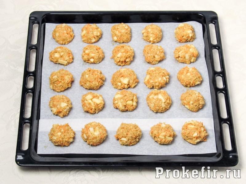 Морковное печенье с овсяными хлопями без муки с яблоком на кефире: фото 7
