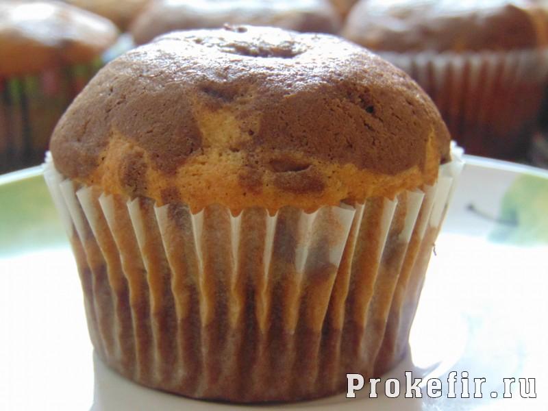 Мраморные кексы на кефире: фото 12