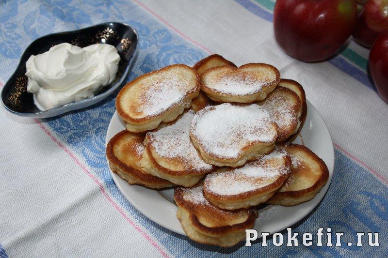 Оладьи на кефире с яблоками: фото 9