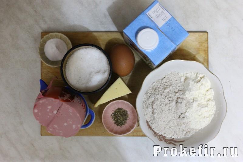 Оладьи с колбасой и сыром на кефире: фото 1