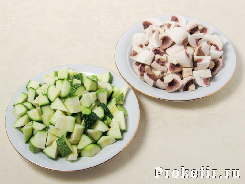Овошчное рагу с кабачками в мультиварке с грибами в кефире: фото 2