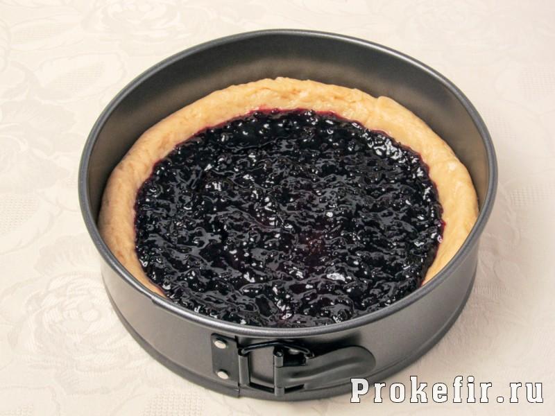 Песочный пирог с вареньем с тйортым тестом сверху: фото 5