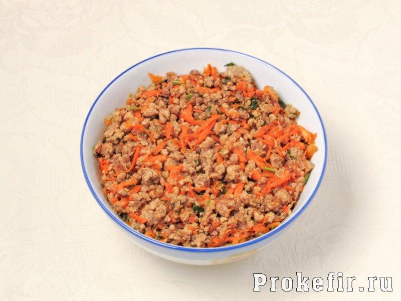 Пирог с фаршем и картошкой в духовке на кефире: фото 3