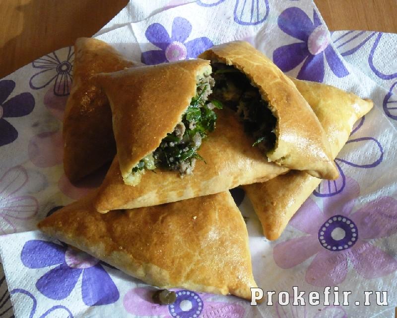 Пирожки с мясом, грибами и зеленью на кефире