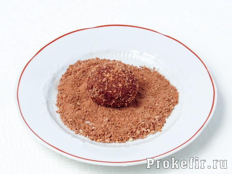 Пирожное картошка из сухарей без сгущенки на кефире: фото 6