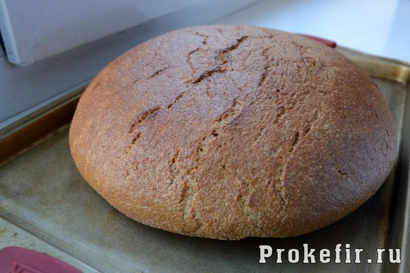 Пшенычно ржаной хлеб с паприкой и горчицей на кефире: фото 7