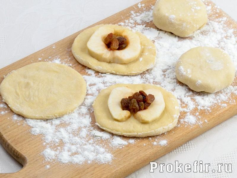Пышки на дрожжах и кефире жареные на сковороде: фото 3