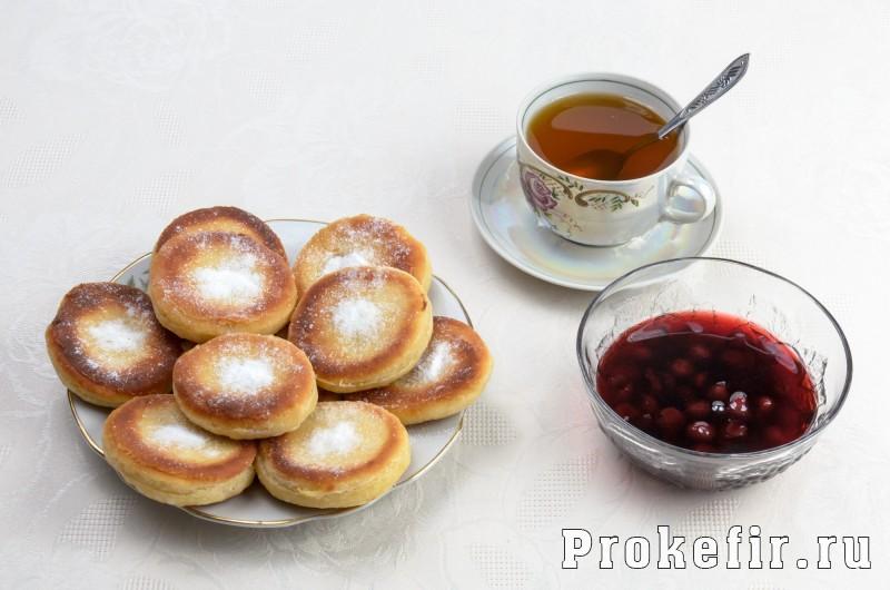 Пышки на дрожжах и кефире жареные на сковороде: фото 4