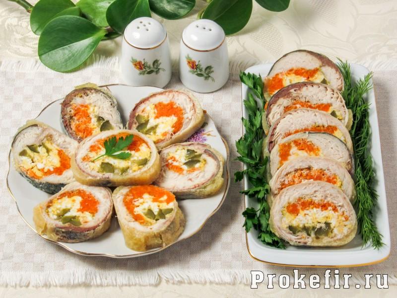 Рулет из скумбрии с желатином и яйцом с морковью и огурцом: фото 8