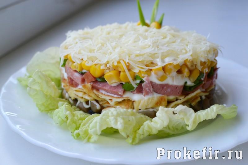 салат с яичным омлетом рецепт с фото