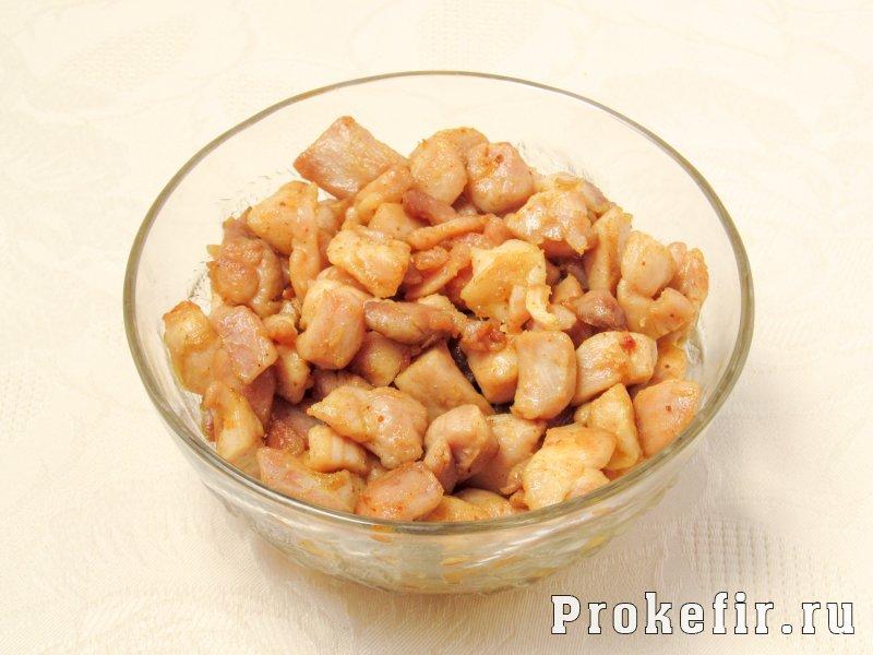 Шаурма рецепт с курицей в кефирном соусе: фото 5
