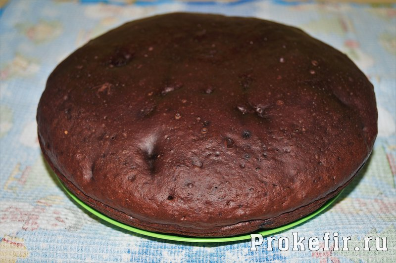 Шоколадный кекс на кефире в мультиварке: фото 6