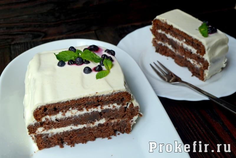 Шоколадный торт на раз два три с коржами на кефире: фото 13