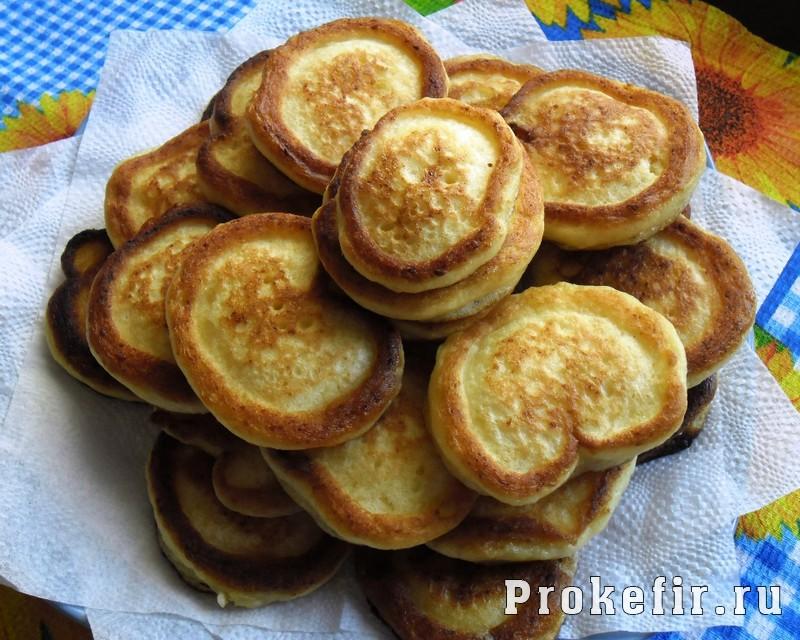 Рецепт сырников на кефире: фото 9