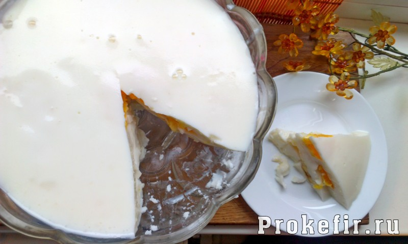 Слоеное мороженое из кефира и желатина с фруктами: фото 8