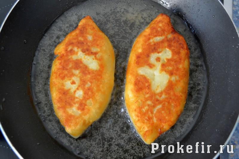 Сочные зразы картофельные с грибами и кефиром: фото 8