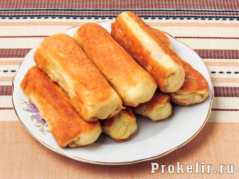 Сосиски в тесте жареные на сковороде без дрожжей на кефире: фото 5