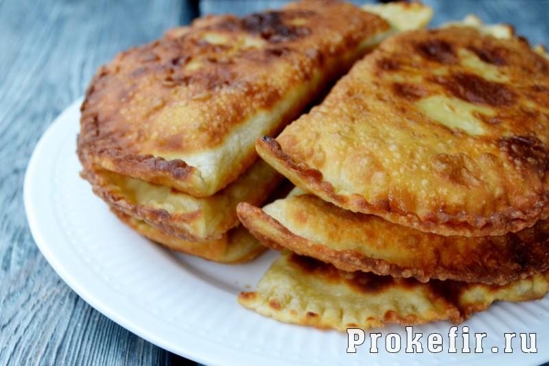 Тесто для чебуреков вкусное и хрустяшчее