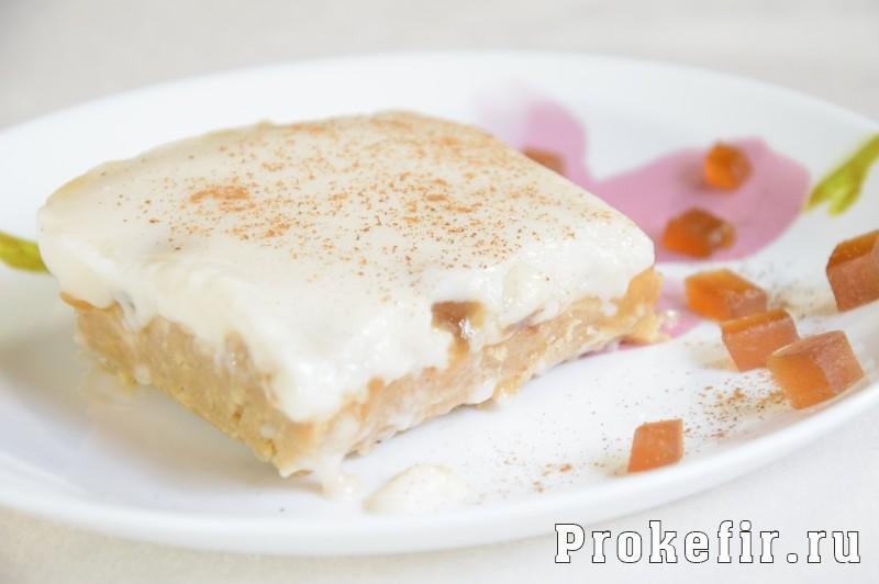 Торт без выпечки на кефире с печеньем и мармеладом