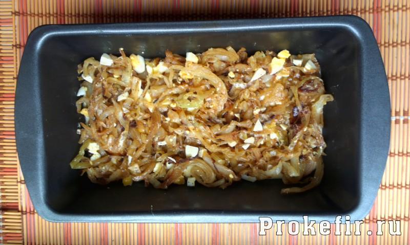 Заливной пирог с капустой и яйцом на кефире: фото 10