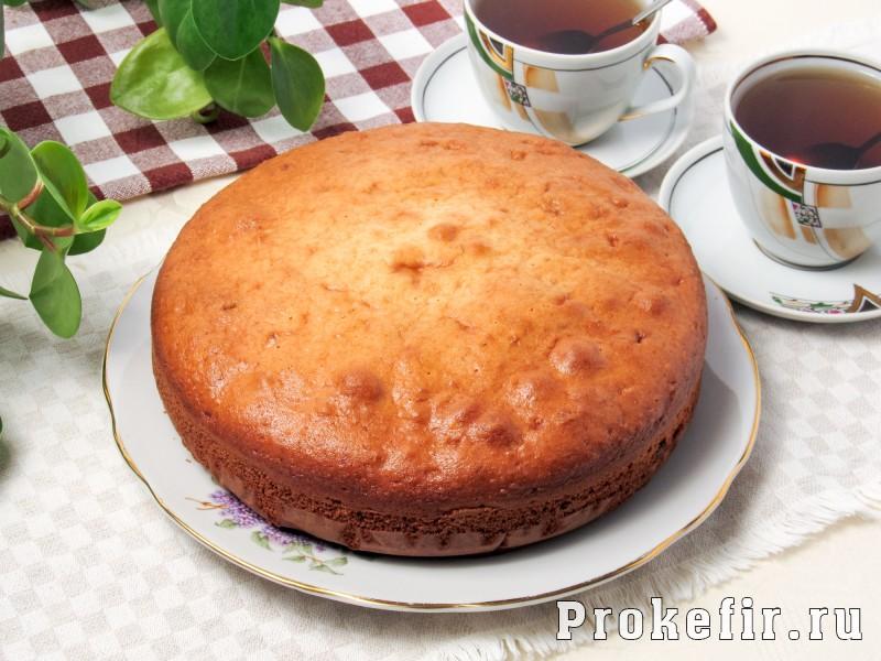 Заливной пирог со сливами на кефире: фото 8
