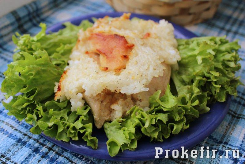 Запеканка с рисом и курицей в духовке на хлебе