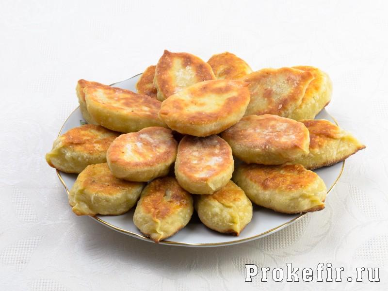 Жареные пирожки на кефире без дрожжей с мясом