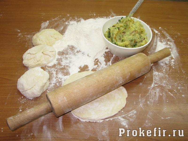 Жареные пирожки на кефире из воздушного теста: фото 3